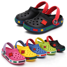 Fashion boys and girls beach slippers  children s sandals  summer cartoon children s shoes  EVA hole shoes  breathable wholesale