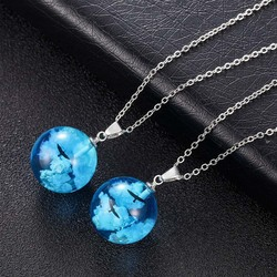 Charm Resin Glass Round Ball Pendant Necklace Chic Blue Sky White Cloud Eagle Necklaces Personality Jewelry Gifts