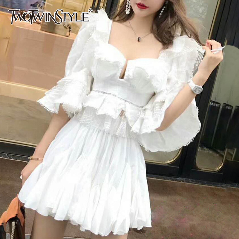 TWOTWINSTYLE Ruffle Lace Blouse Women White Shirt 2019 Autumn Sexy Ladies Square Neck Tops Puff Sleeve Korean Fashion Clothing