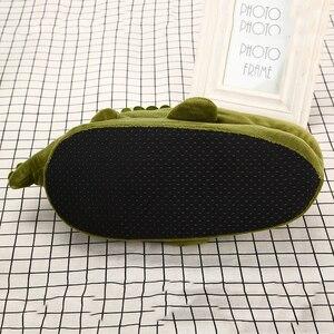 Image 4 - Mulheres unisex casa quente chinelos engraçado anime peixe crocodilo dos desenhos animados ovelha plana chinelo feminino algodão inverno sapatos de pelúcia meninas