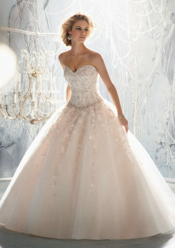 Romantic Sweetheart 2018 Vestido De Novia With Corset Bodice Flowers Beads Princess Bridal Gown Mother Of The Bride Dresses
