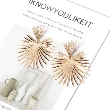 European Fashion Earrings Retro Exaggerated Modern Womens 2019 Statement Metal