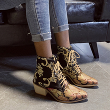 Vintage Embroidery Women Ankle Boots Fashion Lace Up Thick Heel Martin Female Pointed Toe Mid Fabric D25