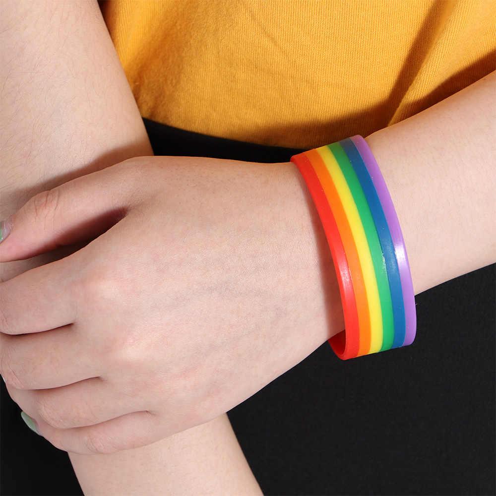 เกย์ Pride สายรุ้งซิลิโคนกำไลและกำไล Trans Pride Bi Pride แกะสลักเครื่องประดับสำหรับเกย์เลสเบี้ยนของขวัญ