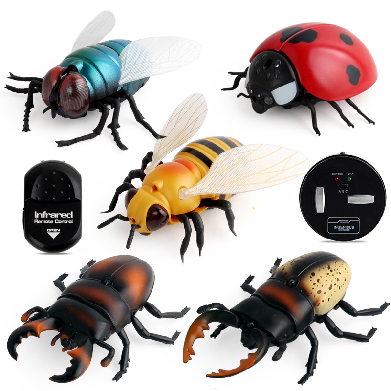 Trick Toys Remote Control Bees Flies Ladybug Creative Novelty Gift Spoof Trick Useful Product Infrared Scary Play