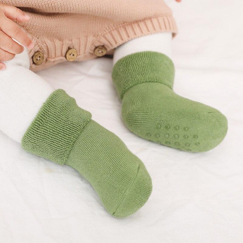 3 pares/lote meias de inverno recém-nascido algodão de borracha meias quentes crianças anti deslizamento em casa chinelos do bebê conjunto grosso terry meias da criança