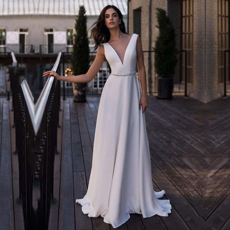 Eightale Vintage Wedding Dress V-Neck A-Line Beaded Sashes Backless Satin Custom Made Long Beach Wedding Gowns Bride Dress