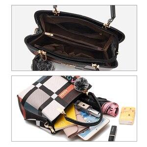 Image 4 - Stickerei Frauen Handtaschen mit Pelz Ball Designer PU Leder Schulter Crossbody tasche Büro Dame Messenger Tote Tasche Weibliche Geldbörse