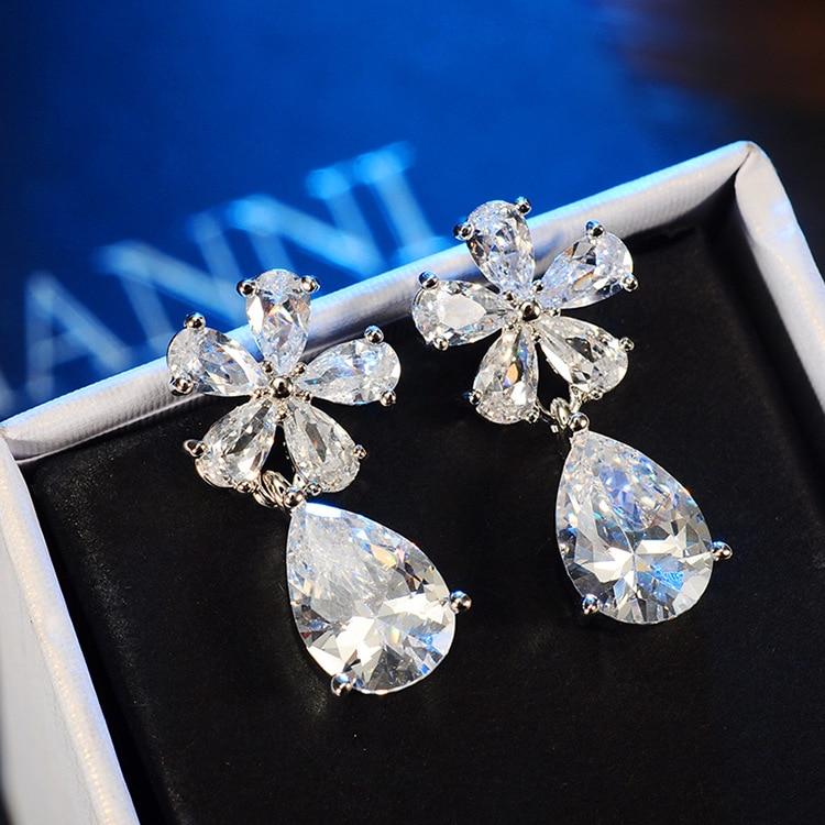 New Arrival Zircon Flower Stud Earrings For Women Classic Design Wedding Earrings Elegant Jewelry High Quality 2 Colors