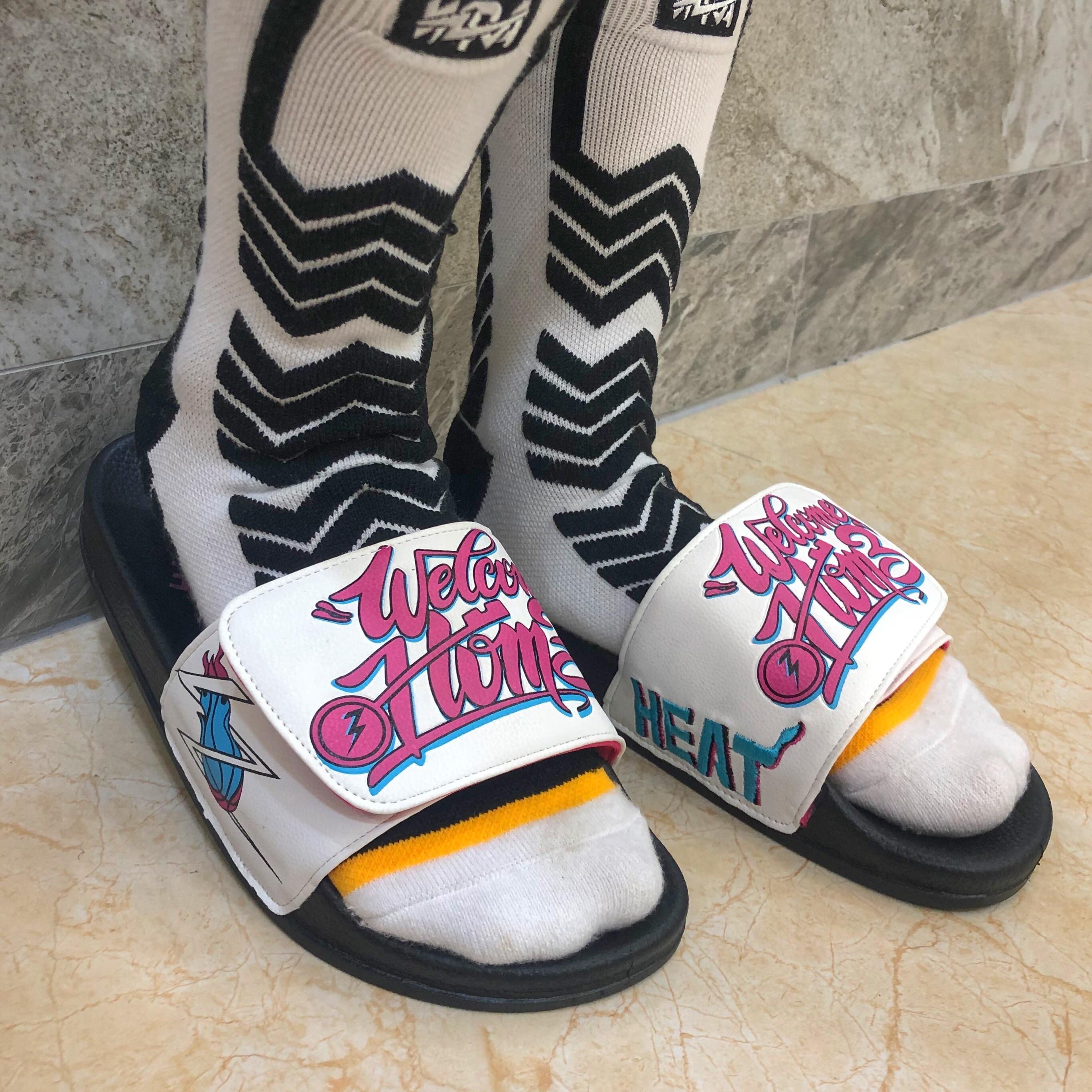 WNRAJ Summer Men Slippers Fashion Hook&Loop Leisure Lovers Shoes Eye-Catching Beach Sandals Women Thick Bottom Flip Flops Femmes
