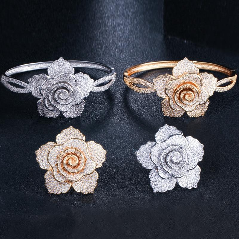 Image 4 - Pulsera y anillo de lujo de moda europea y americana traje de  joyería con incrustaciones brillantes en forma de flor para parejas  Paquete de regaloConjuntos de joyería