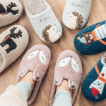 Winter Warm Home Women Fur Slippers Cute Fox Unicorn Bear Animals Indoor Cartoon Ladies Slippers Soft Memory Foam Couples Shoes