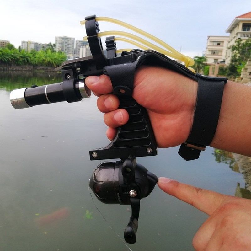 Fishing Set Slingshot Hunting Catapult Suit Outdoor Shooting Fishing Reel+Dart+Left Handguard+Rubber Tube Flashlight