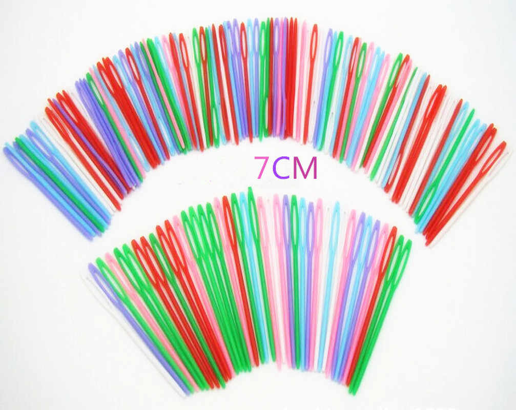 100 pçs 7cm plástico tricô agulhas de crochê ganchos tapeçaria fio de lã agulhas crianças diy camisola ferramentas de tecelagem