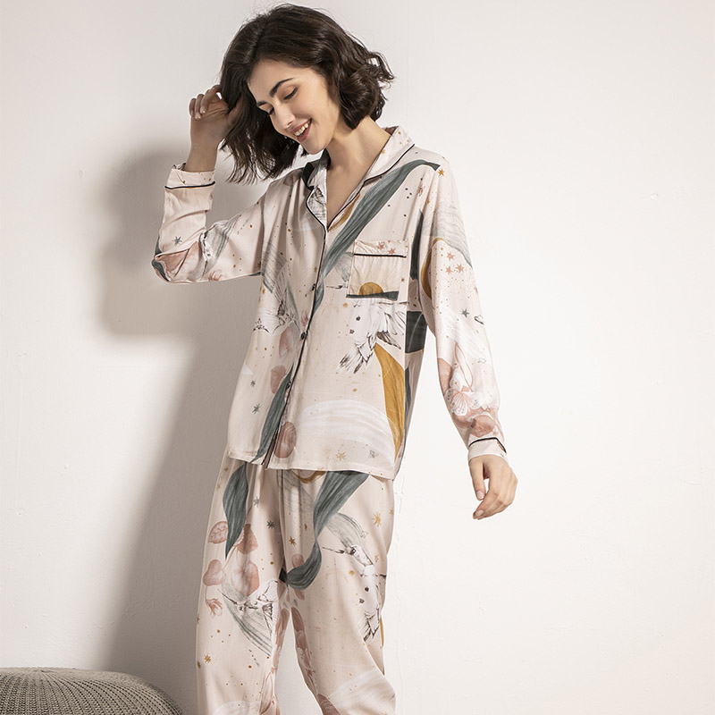 Starry Sky And Floral Printed Women Pajamas Set Comfort Cotton Satin Full Sleeve Homewear Ladies Tender Casual Wear For Spring