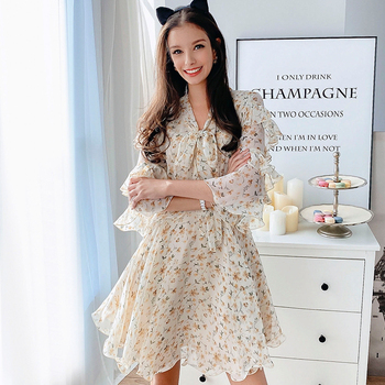 Dabuwawa Bow Neck Floral Print Boho Dress Women Flounce Sleeve High Waist  Shirred Waist Sweet Frill Dresses Female DT1ADR009 tassel trim flounce layered neckline dress