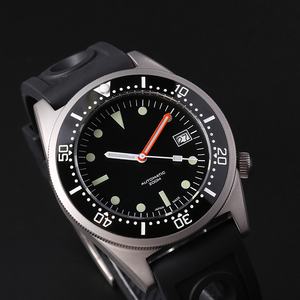 Image 1 - ساعة يد ميكانيكية 200 متر من steelالغوص على شكل سمك القرش ساعة يد رجالية أوتوماتيكية C3 فائقة مضيئة طراز 1979 ساعات أوتوماتيكية طبق الاصل للرجال