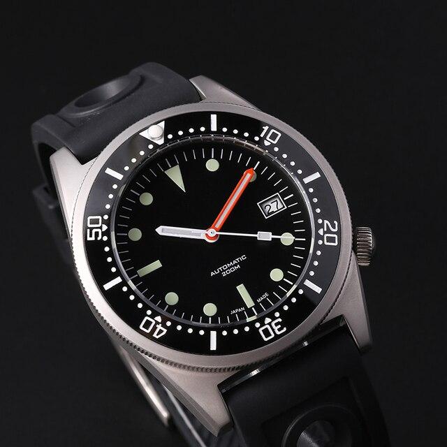 ساعة يد ميكانيكية 200 متر من steelالغوص على شكل سمك القرش ساعة يد رجالية أوتوماتيكية C3 فائقة مضيئة طراز 1979 ساعات أوتوماتيكية طبق الاصل للرجال