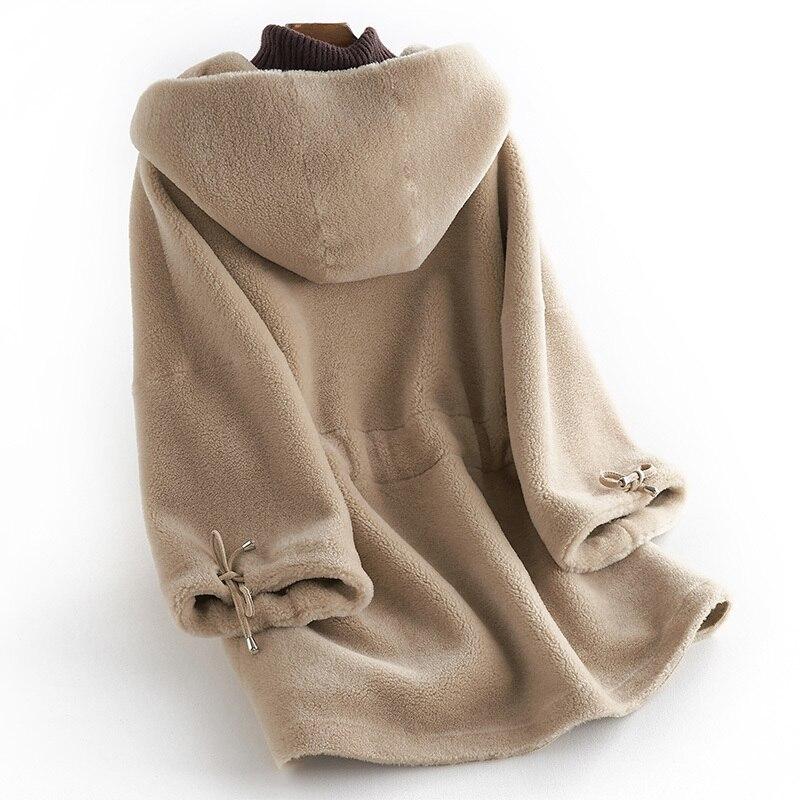 YUNSUE Real Fur Coat Women 2020 Autumn Winter 100% Wool Jacket Warm Hoody Sheep Shearing Vintage Overcoat Abrigos Mujer LX2506