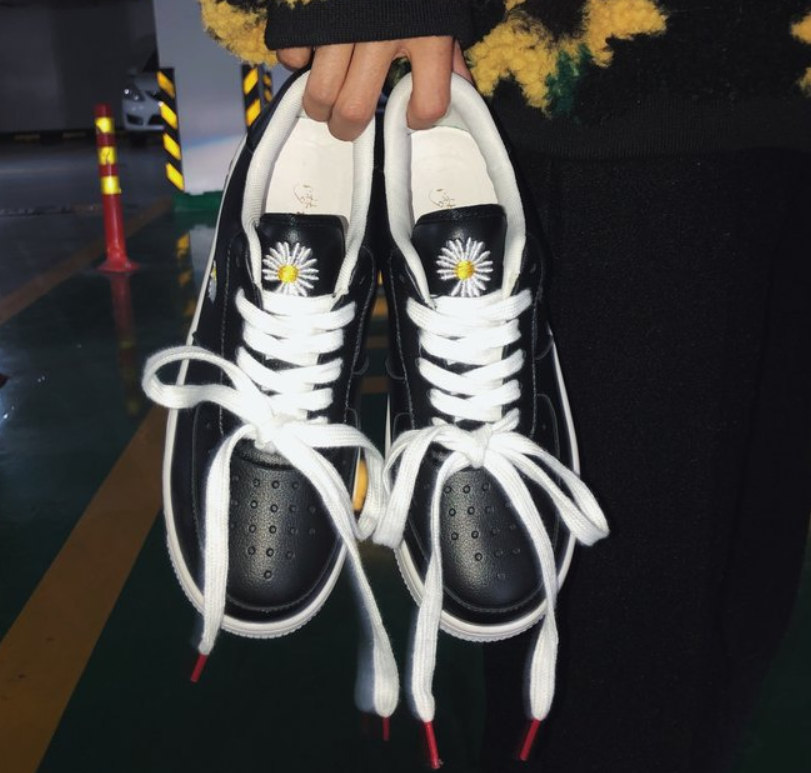High Quality Women's Casual Shoes Women Shoes Breathable Vulcanized Shoes Women Pu Lace Up Sneakers