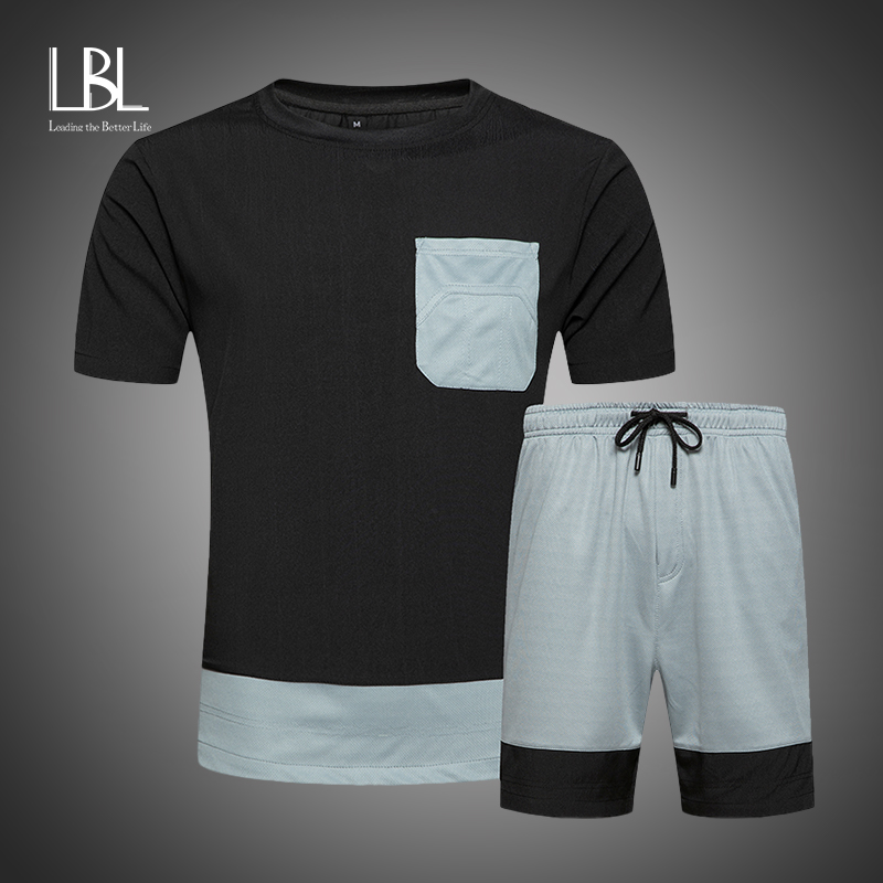 2020 New T Shirt + Shorts Sets Men Patchwork Pocket Summer Suits Casual Tshirt Men Tracksuits Brand Clothing Tops Tees Set Male