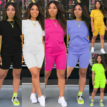 Two-piece Solid Color Women's Clothing. Short-sleeved Crew Neck T-shirt and Tight-fitting Shorts. Simple Style Tracksuit Outfit 4
