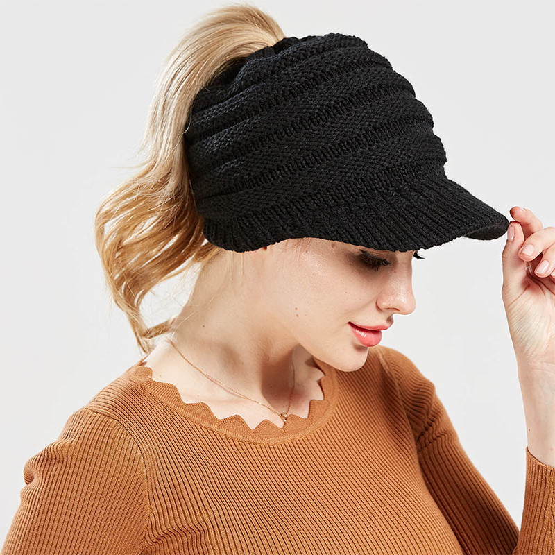 Women's Knitted Baseball Cap No Car Label Opening Ponytail Hat Men And Women Hat Ski Sports Cap Black M (56-58cm)
