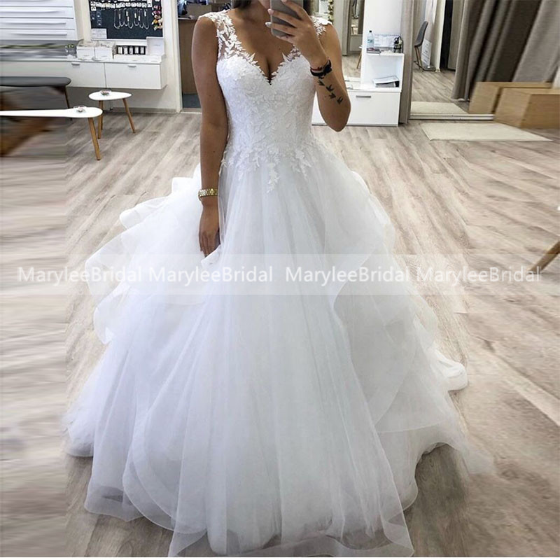 V-neck Princess Ball Gown Wedding Dresses Tiered Skirt Tulle Bride Dress Made To Measure Vestido De Noiva White Ivory Bride Gown