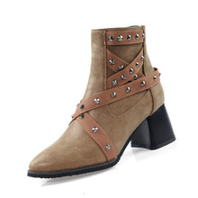 2019 Autumn and Winter Womens Martin Boots Rivet Shoes New Fashion High Quality Pu Leather Belt Buckle Thick