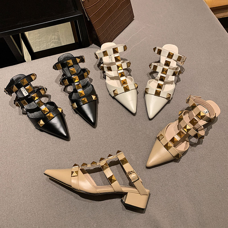 2021 Summer Women Heels Rivets Sandals Fetish Stripper Peach Pointed Toe Office Sandles Outdoor Sexy Luxury Brand Studded Shoes