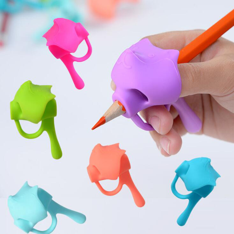 2020 New Five-Finger Pen Holder Silicone Baby Child Learning Writing Tool Corrector Pencil Set Stationery 3 Piece Boy Girl