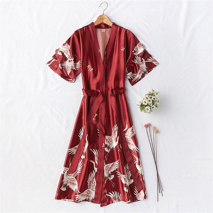 Kimono Satin Pajamas Wedding Robe Bridesmaid Sister Mother of The Bride Japanese Yukata Print Crane Bathrobe Nightgown Sleepwear