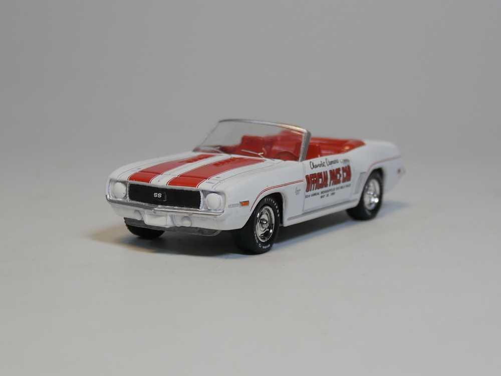 Greenlight 1:64 Chevrolet Camaro 1969 Red//Black No Box