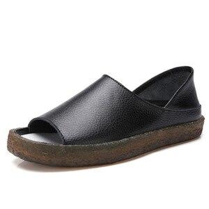 Image 3 - BEYARNEHandmade Sandalias planas de cuero genuino para mujer, zapatos casuales de verano, sandalias de gladiador para mujer, tamaño grande 35 43E045