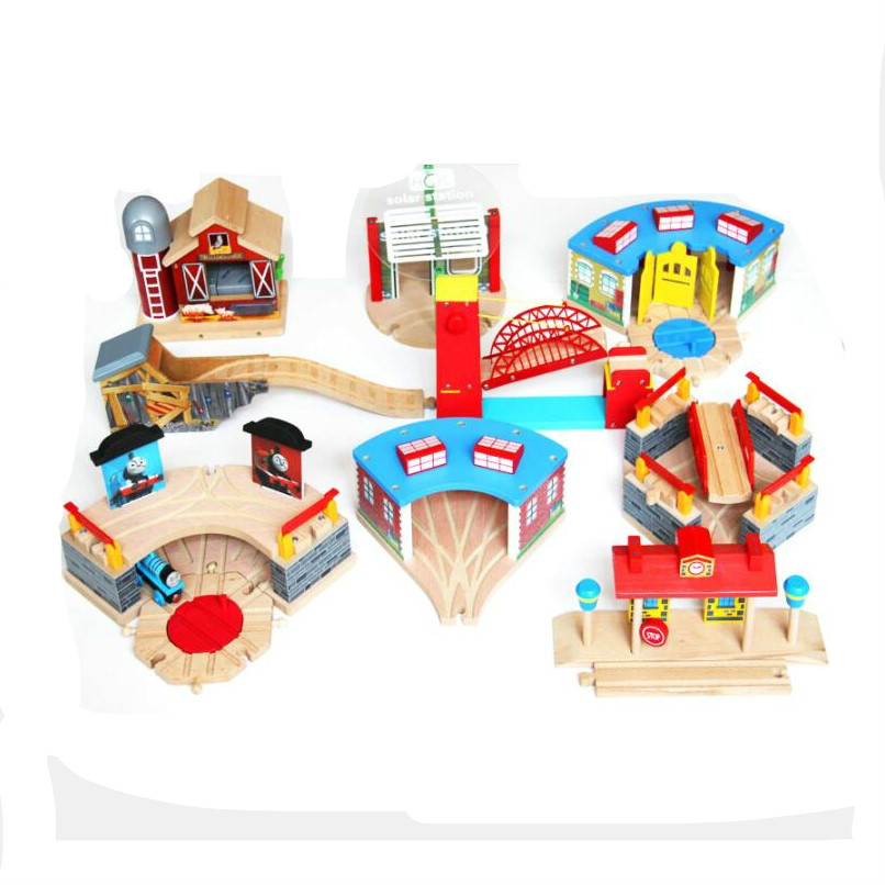 Железная станция из Букового дерева, игрушечный поезд, совместимый с деревянным треком Biro, аксессуары для железной дороги, станция из дерева, игрушка «сделай сам», подарок для детей
