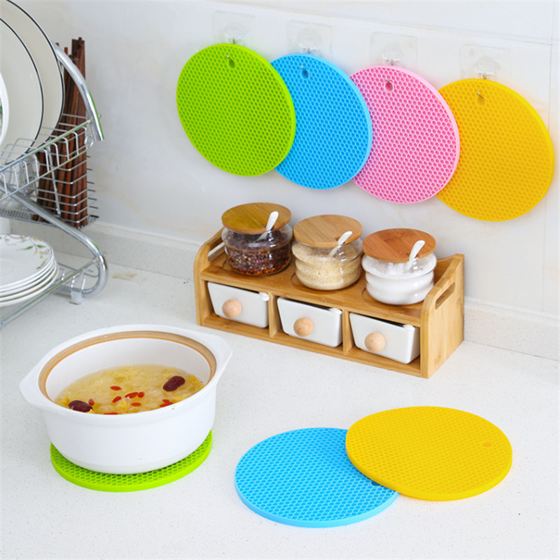 Kitchen Tools Gadgets 18/14cm Silicone Mat Heat Resistant Cup Mat Coasters Round Non-slip Table Placemat Kitchen Accessories