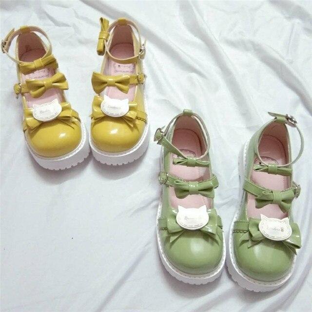 Фото японский из лакированной кожи туфли в стиле лолита винтажном