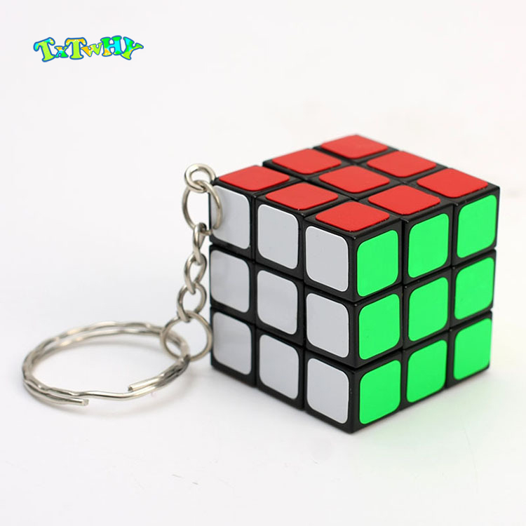 Mini Game Magic Cube Keychain 3x3x3 3CM Plastic Cube Pendant Educational Child GamesTwist Puzzle Toys For Children Gift Toys