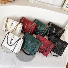 2021 lüks marka tasarımcı çantası kadın omuz çoğaltma çantası bayan altın Metal zincirler deri postacı çantası kadın yeşil büyük çanta