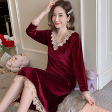 2019 Winter The New Ms Nightdress Red Gold Velvet Robe Gown Autumn Sexy Lace Dress  Women Sleepwear Bathrobe 4 Colors
