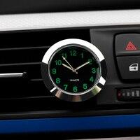 Relógio de quartzo decoração do carro relógio ornamentos veículo interior automático ponteiro digital ar condicionado tomada clipe acessórios -