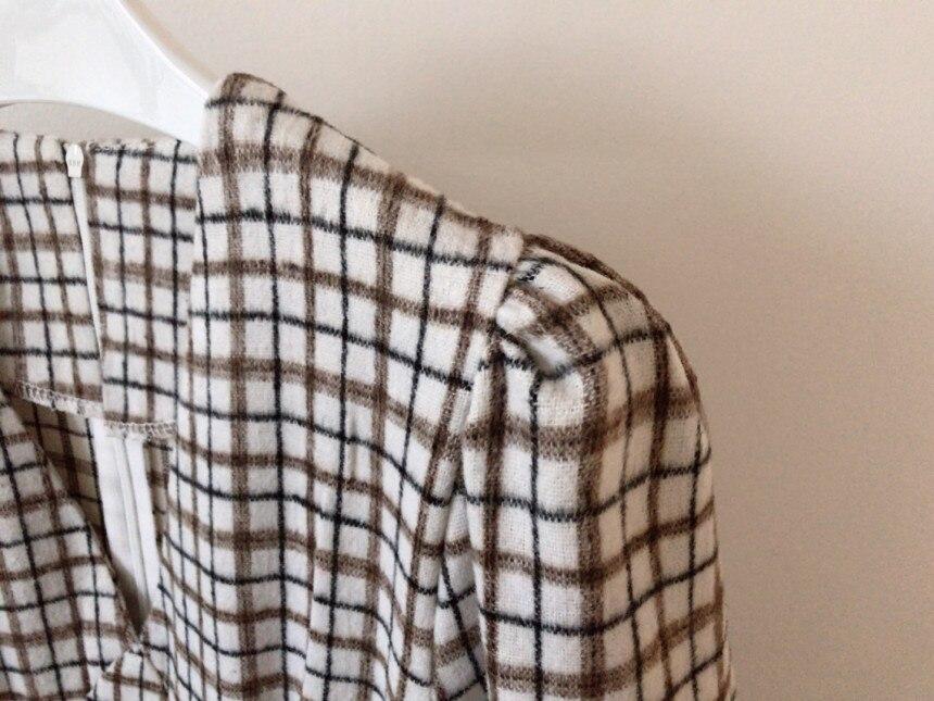 H5d3368dc3cb64c34afca666ae2dc1d49w - Autumn V-Neck Puff Sleeves Slim Plaid Midi Dress
