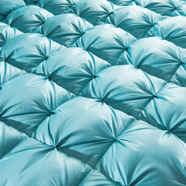 Luxury Goose Down Duvet Quilt – Comforter / Winter Thick Blanket