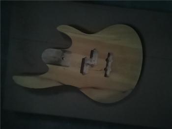 Afanti muzyka DIY gitara zestaw DIY gitara elektryczna ciała (MW-3-575) tanie i dobre opinie none not sure Nauka w domu Do profesjonalnych wykonań Beginner Unisex CN (pochodzenie) Drewno z Brazylii Electric guitar