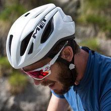 Voldaan Strale Helmen Fietshelm Bike Ultralight Helm Intergrally-Gegoten Mtb Mountain Road Fiets Helm Veilige Mannen Vrouwen