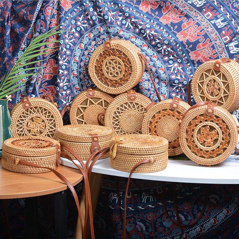 2020 Fashion Round Straw Bags Summer Style Women Handbags Bohemian Rattan Crossbody Bags Handmade Woven Beach Circular Bags L100