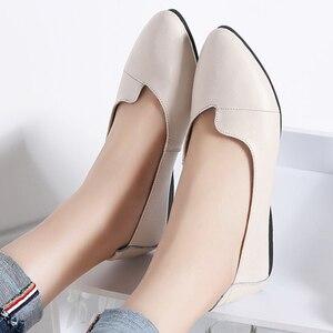 Image 4 - BEYARNE נעלי נשים מזדמנים עור אמיתי מוקסינים גבירותיי נהיגה בלט נעל אישה נשי מוקסינים דירות אמא FootwearE083