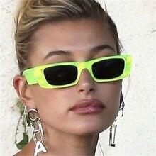 Солнцезащитные очки в прямоугольной оправе для мужчин и женщин, винтажные роскошные дизайнерские солнечные аксессуары в чёрной и зеленой о...