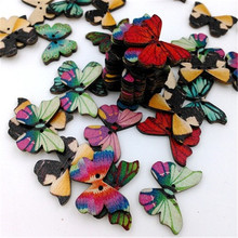 50pcs / bag butterfly wooden button creative retro environmental protection handmade clothing accessories