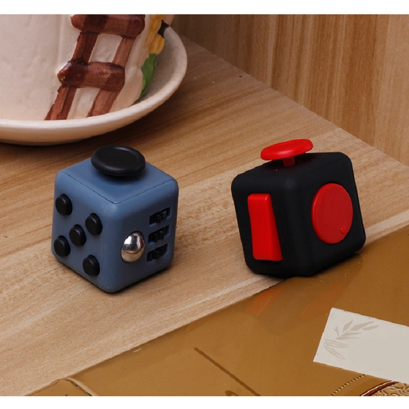 3.3*3.3cm Magic Cube Anxiolytic Stress Relief Toys Fun Decompression Cube Toy 17 Color Children Gift